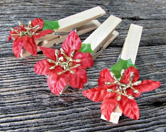 Christmas Place-Card Holders, Red Poinsettia Flower Place-Card Holders, Wooden Clothespins, Christmas Holiday Winter Wedding Favors Decor