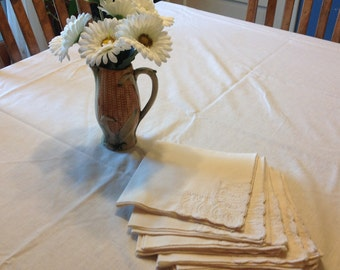 Vintage Ivory / Cream Tablecloth With Eight Napkins