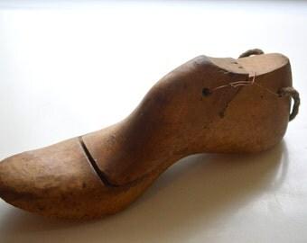Vintage Wood Shoe Mold Form #2