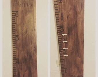 Vinyl Growth Chart Tick Marks and Last Name