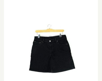 STORE WIDE SALE Free Shipping!! Vintage Levi's 550 Black Denim Shorts from 90's/W30*
