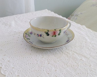 Vintage handpainted yellow floral tea cup/china/gift/tea party