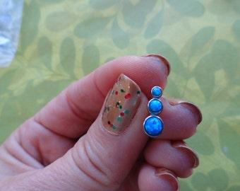 Opal 3 stone ear cartilage earring