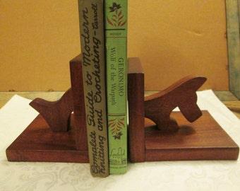 Vintage Wooden Scottie Dog Terrier Bookends