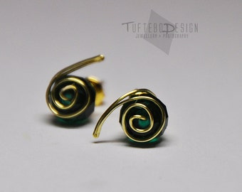 the legend of zelda earrings, zelda ear studs, nintendo jewelry, gaming jewelry, zelda ocarina of time earrings, kokiris emerald zelda
