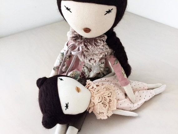 Odile& Lara, mother/daughter set