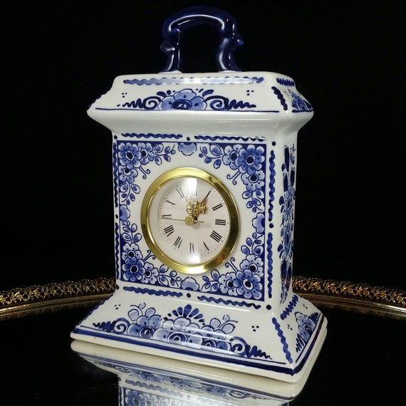 Delft Blue Quartz Mantle Clock Handpainted Delft Holland Clock