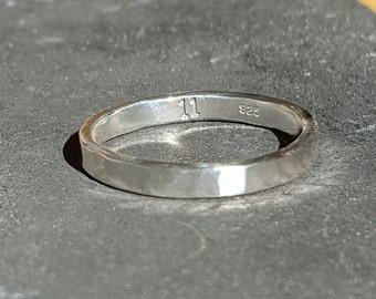 Simple Sterling Silver Band - Hammered Finish