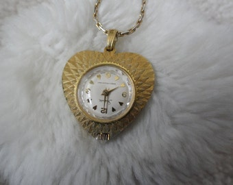 Vintage Swiss Made Sheffield Necklace Pendant Watch