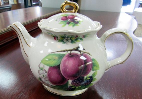 Sadler teapot made in England