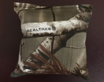 Camouflage catnip pillows/toys real tree quantity 2