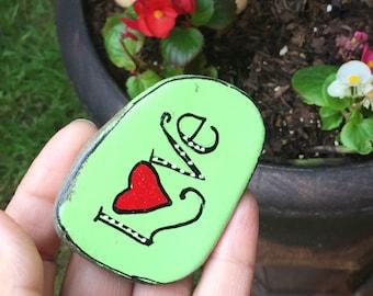 Love painted beach rock, art painted stone, art painted rock, heart artwork, heart painted rock, boho decor, beach decor
