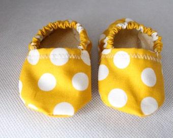 Baby Booties Yellow Polka Dots