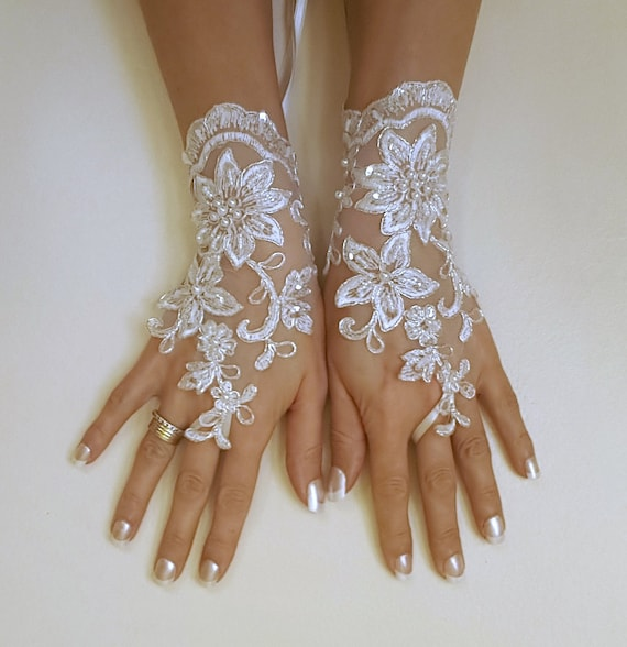 Free  ship bridal glove, lace wedding glove, fingerless lace,  bridesmaid gift, brauthandschuhe, prom, party, anniversary, costume