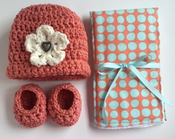 Organic cotton hat, booties, and diaper burp cloth set for baby girls, Organic cotton baby shower gift, Organic cotton baby set