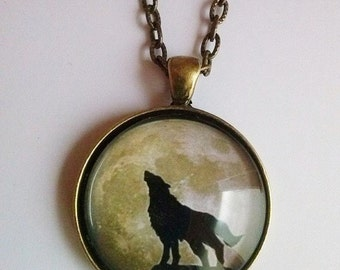wolf moon necklace picture pendant