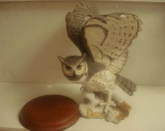 The Great Horned Owl by George McMonigle for The Franklin Mint 1988 (Porcelain)