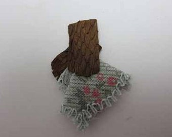 Gloves w/Handkerchief - dollhouse miniature 1:12 scale