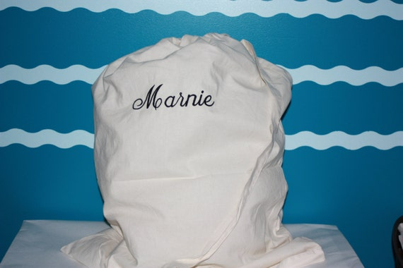 Laundry Bag - College Laundry Bag - College Gift - Personalized laundry bag - Custom embroidered laundry bag - Graduation Gift - Gift bag