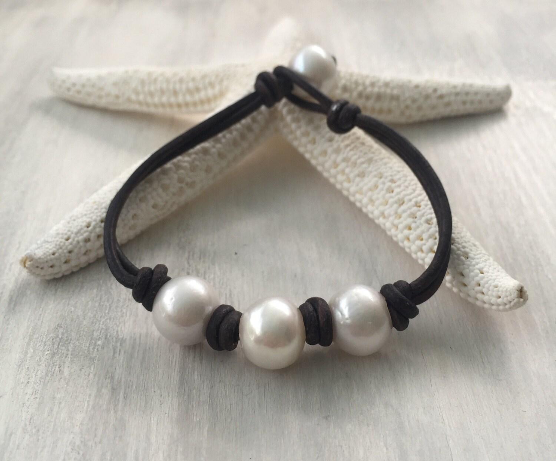 leather pearl bracele pearl bracelet leather bracelet. Black Bedroom Furniture Sets. Home Design Ideas
