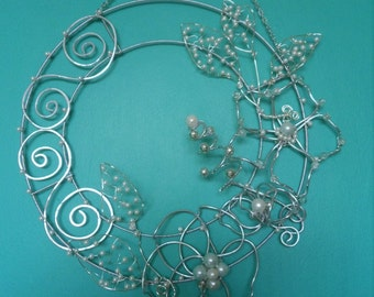 Wire Flower Wreath with Pearls