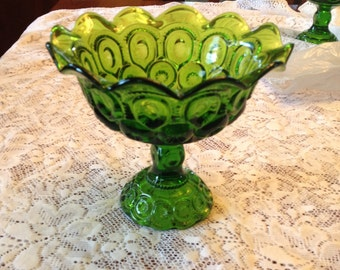 Free Shipping Emerald Green  Vintage Glassware  Moon and Stars Ruffled Compote Candy Dish