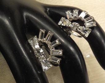 Vintage Art Deco Style Rhinestone Earrings