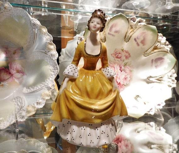 Royal Doulton Figurine / Coralie / HN 2307