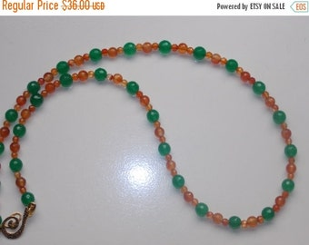 40%OFF Green Jade  and Carnelian Necklace and Earrings Set