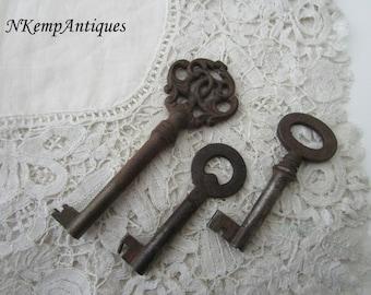 Old key x 3