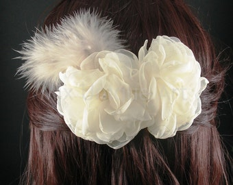 Beige Barrette with Flowers & Pearls