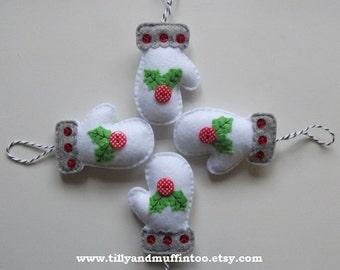 Felt Mitten Christmas Ornaments/Decorations/Baubles.Holly Mittens.Felt Holly.Holly Decoration/Ornament