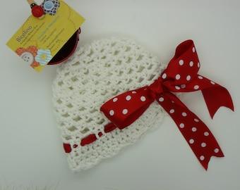 Pois crochet baby hat