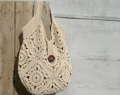 Cream boho chic bag with granny squares crochet. White tote bag, chunky oversize.  Crochet handmade beach bag. Vegan bag. Lined.