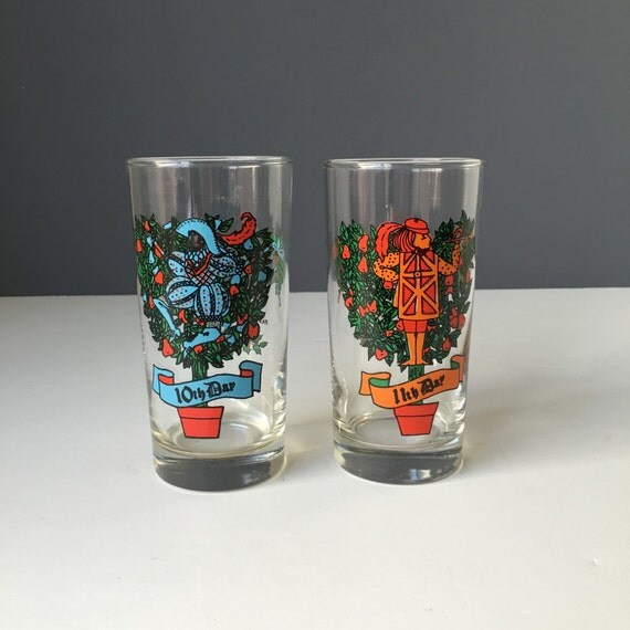 """Anchor Hocking Glass Twelve Days of Christmas REPLACEMENT Tumblers, Vintage Holiday Glassware, 5.5"""" Height, Sold Individually"""