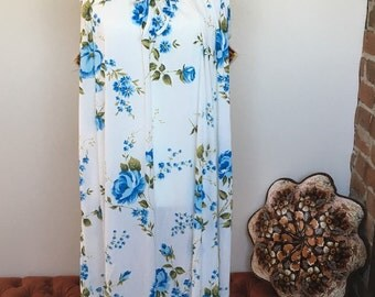 Cutest blue floral nightgown size large!!