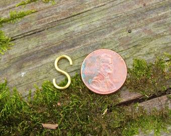 """10 Handmade 9/16"""" S-Hooks -Gold-"""
