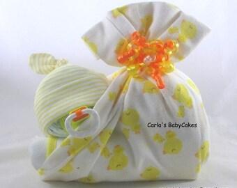 Stork bundle baby | Sleeping baby diaper cake | Stork bundle | Diaper baby | Baby shower gift | Neutral baby gift | Neutral diaper cake