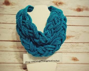 Braided scarf.Scarf.Braided cowl.Crochet braided scarf.Crochet braided cowl.Turquoise braided scarf. Handmade braided scarf. Turquoise cowl.