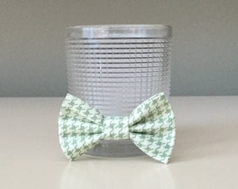 Tiny Dog / Bow Bow Tie - Little Green and Cream Birdstooth