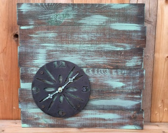 Turquoise Pallet Wood Clock - Wall Clock - Metal and Wood Clock - Shabby Chic Clock - Rustic Wall Decor - Starburst Clock - Home Decor