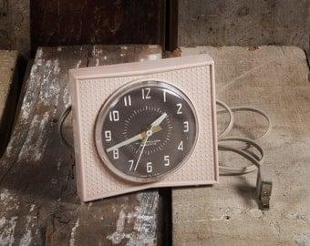 1955 Westclox Town Crier Alarm Clock - Pinkish Beige