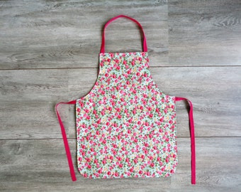 Kid's apron pink with flowers
