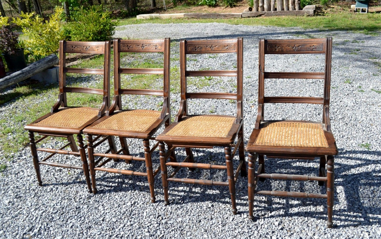 Vintage Wooden Chair Set Of 4 Cane Seat Rustic Dining Room
