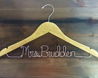 SALE Personalized glitter bridal hanger, silver glitter hanger, custom name hanger with glitter, glitter hanger, silver glitter hanger