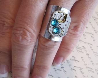 Women's Rings, Steampunk Jewelry, Ring, Jewerly, Steampunk Ring, Filigree Ring, Steampunk Watch Parts, Womens Ring, Watch Movement