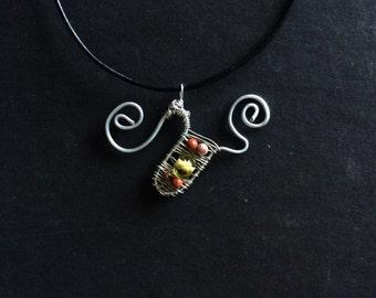 Swirly uterus pendant