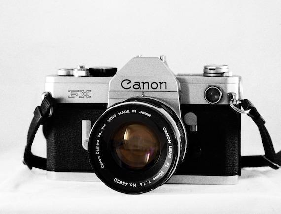 Canon fx 35mm SLR camera - With 50mm f1.8 FL lens - vintage camera