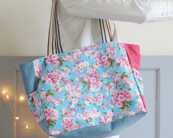 Floral fabric tote bag, market tote, myl & melo, blue and pink fabric bag, colorful bag, beach bag, week-end, spring summer bag, flowers,