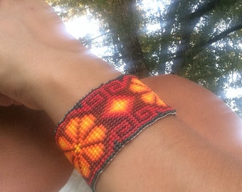 MEXICAN ART - Huichol beadwork